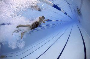 come si nuota a stile libero